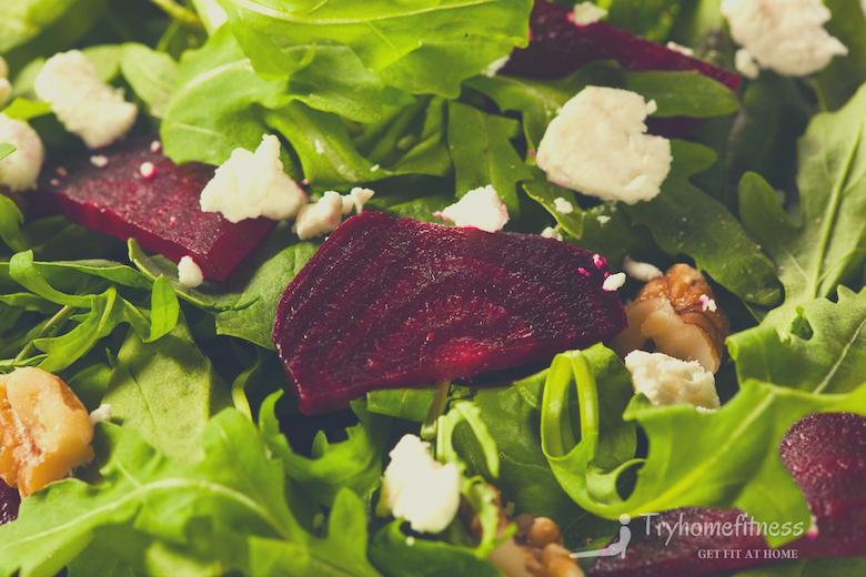 Raw green beet & arugula salad log
