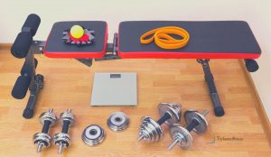 Weight bench with weights and accessories